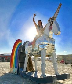 10  Epic Photos From Burning Man 2017 That Prove It's The Craziest Festival In The World