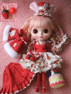 ♪カスタムブライス№2♪ - プリティー地獄 Mini American Girl Dolls, American Girl Clothes, Angel Crafts, Lovely Creatures, Custom Dolls, Little Darlings, Ball Jointed Dolls, Doll Accessories, Blythe Dolls