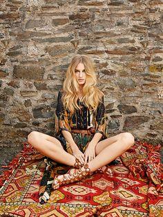 Linda Vojtova by Benedikt Renc. styling: Milena Zhuravlova. TopFashion magazine