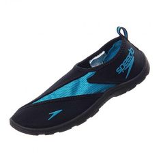 Disfruta del mar, de la alberca o de cualquier entrenamiento en el agua usando el calzado acuático #Speedo Surfwalker Pro. #Playa #Vacaciones