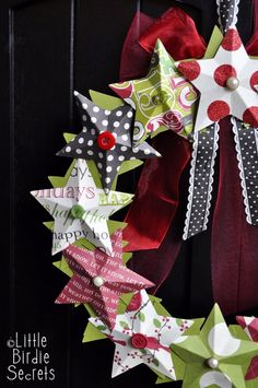 A fab Christmas wreath that with a lilttle help you could make with the kids ...