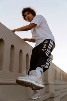 The 2020 adidas Nite Jogger features reflective materials and classic colorways with the comfort of BOOST in a new silhouette. Ladies Gym Wear, Gym Wear For Women, Clothes For Women, Womens Gym, Gym Tops Women, Sports Women, Joggers Shoes, Girls Sportswear, Street Style Shoes
