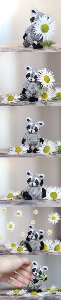 Kawaii raccoon #crochet #knitting #raccoon #animals #flower #amigurumi #amigurumipattern #crochetpattern #crocheting #cuteanimals #cute