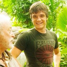 Josh on the set of Journey 2 the Mysterious Island