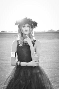 Girls Dresses, Flower Girl Dresses, Glamour, Wedding Dresses, Photography, Fashion, Bride Gowns, Wedding Gowns, Moda