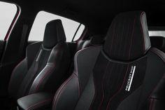 Peugeot-308-GTi. Ces très beaux sièges Peugeot Sport sont en série.