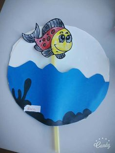 Maybe to hang on the wall plastic bags and kids – Artofit Summer Crafts For Kids, Paper Crafts For Kids, Diy For Kids, Diy And Crafts, Arts And Crafts, Diy Paper, Ocean Crafts, Fish Crafts, Paper Plate Crafts