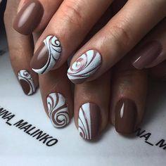Аккуратный маникюр, Двухцветный дизайн ногтей, Двухцветный маникюр шеллак, Зимний маникюр 2017, Идеи двухцветного маникюра, Красивые ногти, Маникюр вензеля, Маникюр коричневый с белым