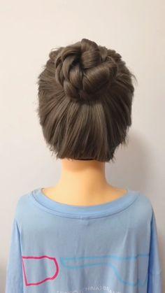 Pull through braid tutorial easy braid tutorial how to wear hair scarves summer hair ideas easy braid ideas mohawk braid ideas cool braids braided hairstyle easy diy boho vibes braided hairstyle Braided Hairstyles For Black Women Cornrows, Easy Hairstyles For Long Hair, Braided Hairstyles Tutorials, Scarf Hairstyles, Hairstyles Videos, Easy Hair Tutorials, Medium Hair Updo Easy, Step Hairstyle, Work Hairstyles
