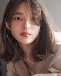 Pin on Assets Hair&Makeup Medium Hair Cuts, Medium Hair Styles, Curly Hair Styles, Asian Short Hair, Korean Short Hairstyle, Korean Hairstyles Women, Japanese Hairstyles, Short Hair Korean Style, Korean Medium Hair