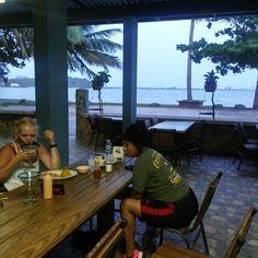 El angolo restauante en el playa con Margaritas!!