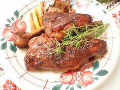 Pulpa de miel in sos de vin rosu Romanian Food, Lamb, Steak, Pork, Cooking, Honey, Sweet, Kale Stir Fry, Kitchen