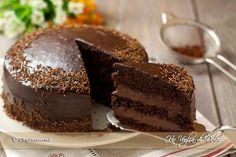 Torta al cioccolato con crema al mascarpone e Nu tella Italian Desserts, Sweet Desserts, Italian Recipes, Sweet Recipes, Cake Recipes, Mud Cake, Chocolate Sweets, Nutella Recipes, English Food