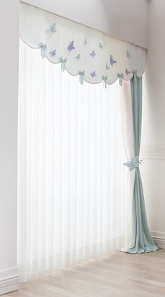 bebek-odasi-perde-detay dekoration 17 Window Treatment Ideas for Every Room in Your Home Kids Room Curtains, Home Curtains, Living Room Decor Curtains, Curtains With Blinds, Valance, Window Curtain Designs, Rideaux Design, Curtain Headings, Eclectic Decor