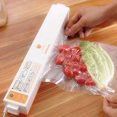 2016 New Household Food Vacuum Sealer Packaging Machine Automatic Electric Film Food Sealer Vacuum Packer Including 15Pcs Bags