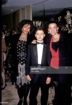 Diahnne Abbott, Robert De Niro and son Raphael De Niro ...