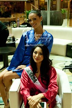 Monic Perez, Miss Universe Puerto Rico 2013; and Riza Santos, Miss Universe Canada 2013; wait to be photographed at the Crowne Plaza Moscow World Trade Centre, on October 24, 2013. #MissUniverse2013 #MissUniverse #MissUniverso2013 #MissUniverso #Russia #Moscow #Rusia #Moscú #MissPuertoRico #MonicPerez #MissCanada #RizaSantos