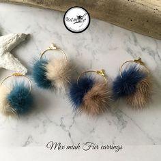 【mrs.namily】さんのInstagramをピンしています。 《↞ NEW IN ↠ MiX Mink Fur Earrings @mrs.namily ミックスミンクファーピアス。 これからの季節にオススメ♪2色展開 #handmade #ハンドメイド #ハンドメイドアクセサリー #iphonecase #インポートセレクトショップ #beach #ターコイズ #チョーカー #ロンハーマン #ボヘミアン #bohemian #ザラ #海 #hawaii #トレンド #オシャレ #ママコーデ #ミンク #ファッション #ミンク #ミンクファー #ミンクファーピアス #ファーピアス #秋冬アクセサリー #プチプラ #ポンポンピアス #ファー #ターコイズアクセサリー #ターコイズ #ターコイズピアス #セレクトショップ》