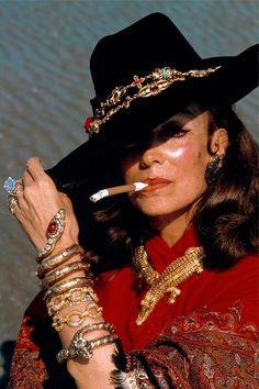 Maria Felix wearing her famous crocodiles necklace, Cartier, 1975