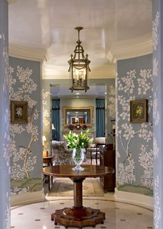 FOYER – great example of an impressive way to welcome guests. By invitation only, finding creativity at The Enchanted Home.