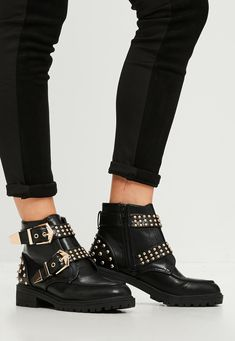 Missguided - Black Studded Chunky Out Sole Ankle Boots