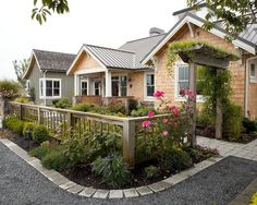 fence & gate - Front Yard Design, Pictures, Remodel, Decor and Ideas - page 5