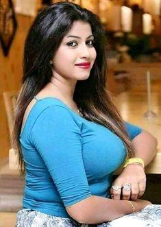 Beautiful Blonde Girl, Beautiful Girl Indian, Beautiful Indian Actress, Beauty Full Girl, Beauty Women, Thing 1, Indian Beauty Saree, Indian Sarees, India Beauty