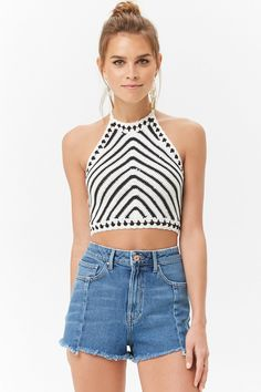 Forever 21 is the authority on fashion & the go-to retailer for the latest trends, styles & the hottest deals. Shop dresses, tops, tees, leggings & more! Crochet Crop Top, Crochet Blouse, Crochet Bikini, Classic Outfits, Cute Outfits, Bralette Pattern, Halter Crop Top, Knitwear Fashion, Crochet Woman