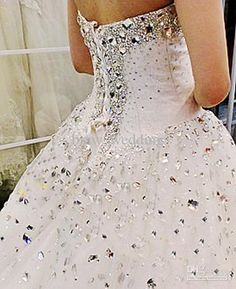 New 2013 Winter Gorgeous White Sweetheart Beaded Long Sweep Bridal Wedding dress Ball Gown