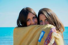 Your Summer with CASTILLE132!! Beach towel article CEDRO 🍋!!