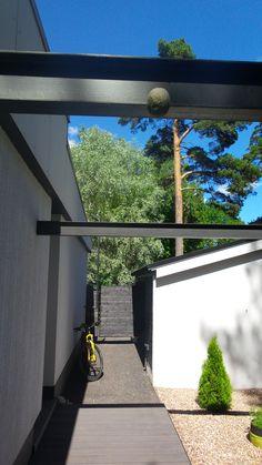House in Tapiola Finland. Concrete, 60´s, pergola, courtyard