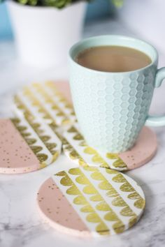 These easy DIY coasters make lovely gifts for the holidays. Diy Clay, Clay Crafts, Arts And Crafts, Coaster Crafts, Diy Coasters, Sewing Hacks, Sewing Crafts, Sewing Tips, Sewing Tutorials