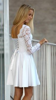 Konfirmationskjoler 2018 Robes De Confirmation, Modest Fashion, Fashion Dresses, New Outfits, Cute Outfits, Mode Simple, Communion Dresses, Homecoming, Amanda
