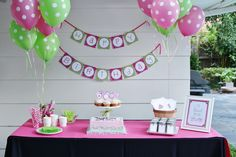 Modern, whimsical and dreamy are how we would describe Shyla's vintage hot air balloon 1st birthday party! Guests were greeted by a custom created hot air balloon photo prop and gift table draped in...