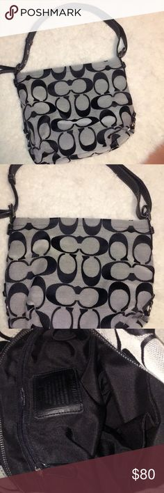 129c04c89d9 Coach Purse 👜 COACH PURSE 👜 AUTHENTIC Beautiful w/Black C'c imprinted  😍Perfect Christmas gift 🎁 for anyone ❤ 👌🏼New without tag.. Never used  Coach ...