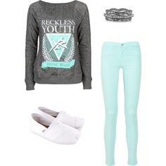 Girls Spring Fashion | #MintJeans #TomsShoes