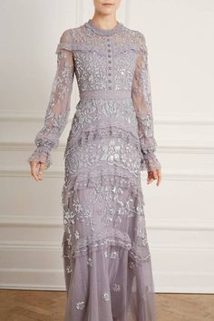 Shop our latest edit of modest dressing from embellished maxi dresses, high neck gowns and romantic floor length capes, we've got your best look covered. Modest Fashion, Boho Fashion, Fashion Dresses, Vestidos Vintage, Vintage Dresses, Kebaya Dress, Sequin Midi Dress, Batik Dress, Modest Dresses