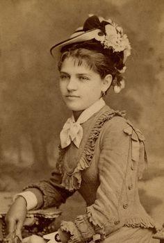 Női portré Gondy Károly és Egey István Gondy & Egey - Debrecen - Hungary 1880