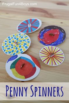 Spinners - Toy Tops that Kids Can Make Penny Spinners - Tops that Kids Can Make. Such a great craft that kids of all ages will enjoy.Penny Spinners - Tops that Kids Can Make. Such a great craft that kids of all ages will enjoy. Crafts For Kids To Make, Art For Kids, Science Crafts For Kids, Kid Art, Adult Crafts, Arts And Crafts For Children, August Kids Crafts, Crafts At Home, Fun Things For Kids