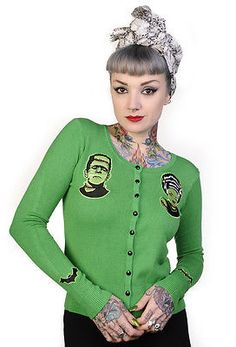 Banned Green Frankenstein Bride of Cardigan Tattoo Top Retro Rockabilly Horror… Looks Rockabilly, Rockabilly Mode, Rockabilly Fashion, Retro Fashion, Vintage Fashion, Rockabilly Clothing, Rockabilly Dresses, Pin Up Outfits, Cute Outfits