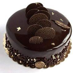 No photo description available. Chocolate Cake Designs, Chocolate Truffle Cake, Cake Decorating Techniques, Cake Decorating Tips, Cake Icing, Cupcake Cakes, Cupcakes, Chocolate Garnishes, Mirror Glaze Cake