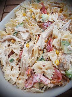 Krämig pastasallad med kyckling | BeEllMini Potato Salad, Salads, Picnic, Food Porn, Food And Drink, Lunch, Snacks, Chicken, Ethnic Recipes