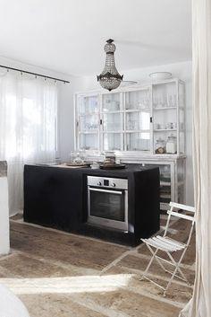 Artsy home & atelier in Costa Brava   Daily Dream Decor