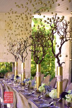 Golden Orb Thanksgiving Tablescape