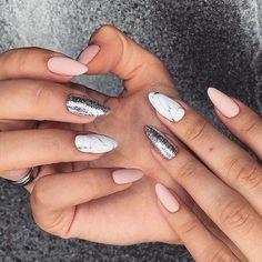 Nageldesign - Nail Art - Nagellack - Nail Polish - Nailart - Nails 16 stiletto nail designs for the Rose Gold Nails, Matte Nails, Pink Nails, Glitter Nails, Acrylic Nails, Sparkle Nails, Matte Pink, Pink Glitter, Matte Black