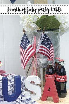 Host a perfectly Patriotic Party on. budget with these tips from Everyday Party Magazine #FourthOfJuly #PartyTable #BudgetParty