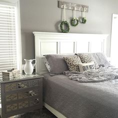 Feather your nest and treasure your home (: @southernswagfarmhouse) #longdayscozynights #MakeHomeYours
