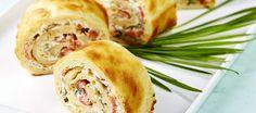 Tuulihatturulla lohitäytteellä | Alkuruoat | Reseptit – K-Ruoka Spanakopita, Sweet And Salty, Something Sweet, Baked Goods, Special Occasion, Food And Drink, Turkey, Meat, Baking