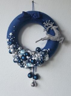 Merey Merey Best Picture For DIY Wreath modern For Your Taste You are looking for something, and it is going to tell you exactly what you are looking for, and you didn' Wreath Crafts, Xmas Crafts, Diy Wreath, Christmas Projects, Ornament Wreath, Wreath Ideas, Tulle Wreath, Blue Christmas, Christmas Holidays