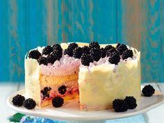 Der Schokorand gibt der Torte einen edlen Touch